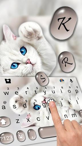 Innocent Cute Cat Keyboard Theme - عکس برنامه موبایلی اندروید